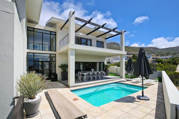 Property For Sale in Stonehurst Mountain Estate, Cape Town