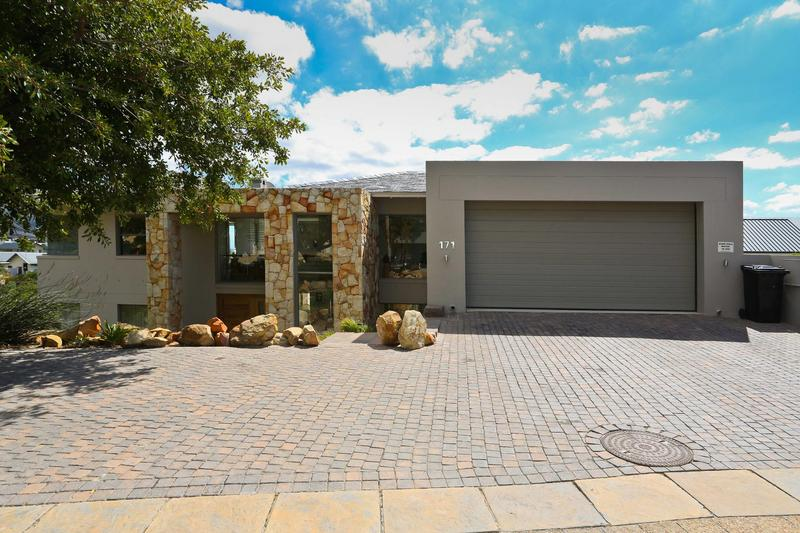 Property For Rent in Westlake, Cape Town 12