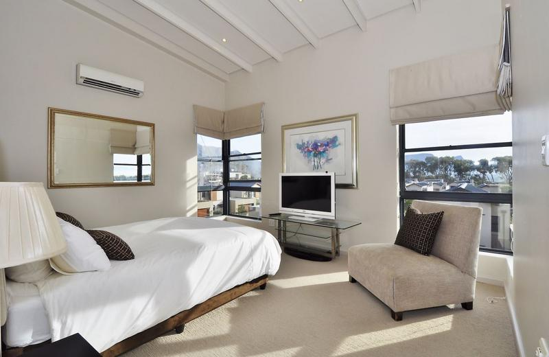 Property For Sale in Stonehurst Mountain Estate, Cape Town 11