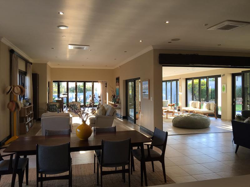 Property For Rent in Constantia, Cape Town 4