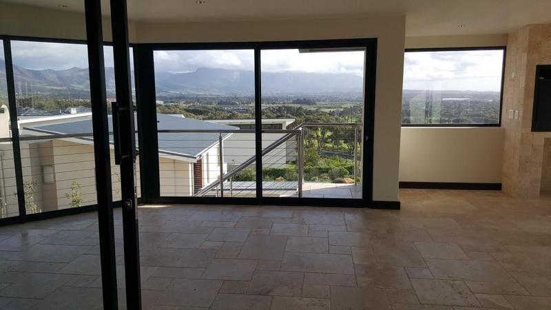 Property For Rent in Stonehurst Mountain Estate, Cape Town 6