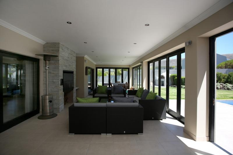 Property For Sale in Constantia, Cape Town 8