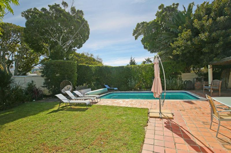 Property For Sale in Constantia, Cape Town 3