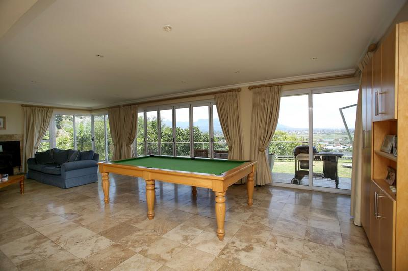 Property For Sale in Lakeside, Cape Town 10