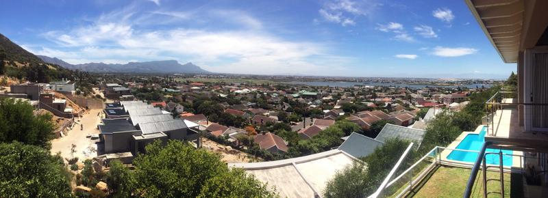 Property For Sale in Lakeside, Cape Town 20