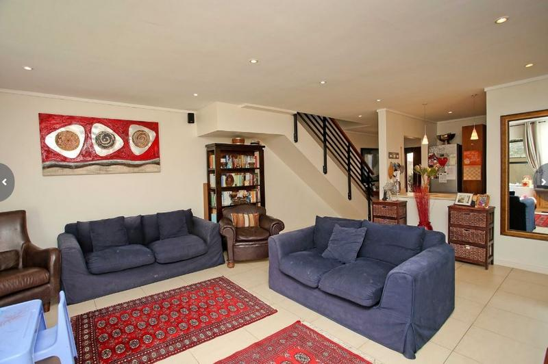 Property For Rent in Stonehurst Mountain Estate, Cape Town 3