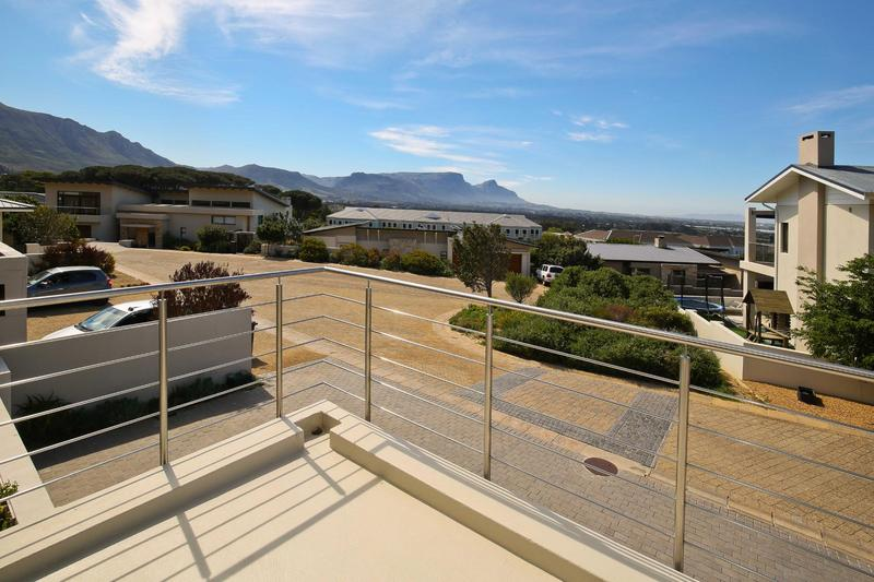 Property For Rent in Stonehurst Mountain Estate, Cape Town 23