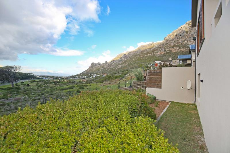 Property For Sale in Stonehurst Mountain Estate, Cape Town 2
