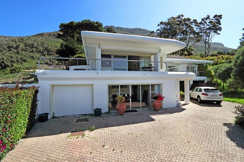 Property For Sale in Zwaanswyk, Cape Town 14