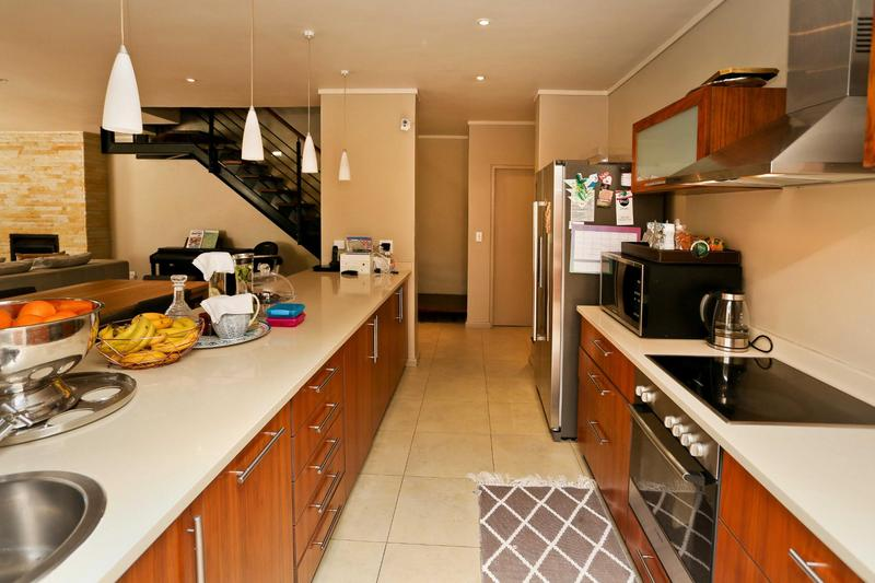 Property For Rent in Stonehurst Mountain Estate, Cape Town 4
