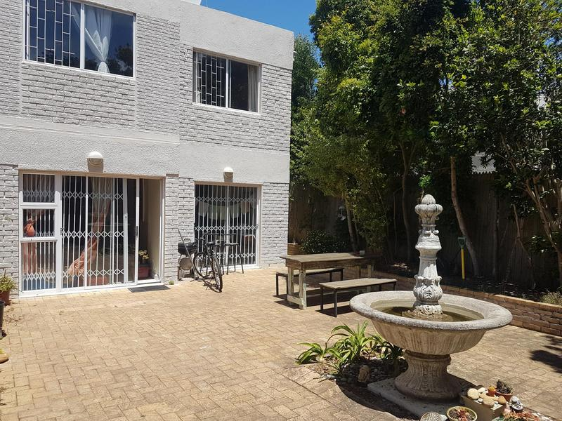 Property For Rent in Tokai, Cape Town 1