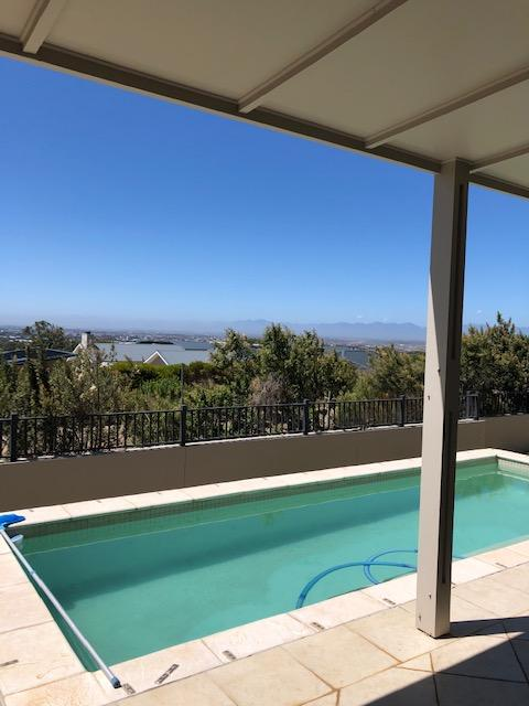 Property For Rent in Stonehurst Mountain Estate, Cape Town 17